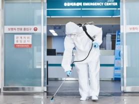병원급 의료기관에 방역 인력 5천명 지원 한다