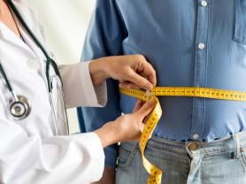 비만한 남성 노인 고혈압 위험 4배