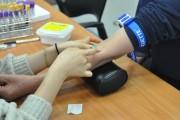 혈액검사 확산, 의료기기 사용 활성화 시동