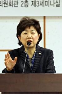 친인척 보좌관 채용 박인숙 의원, 복지위 간사 사퇴