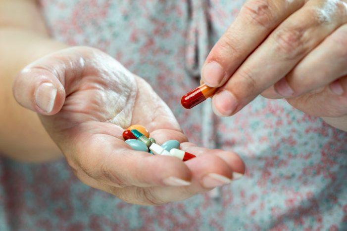 복용 약물 1개 증가하면 근감소성 비만 위험 2배 이상 증가