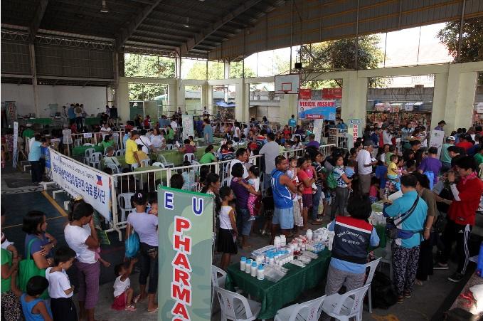 강릉 보건의료인, 7년째 필리핀 의료봉사 이어져