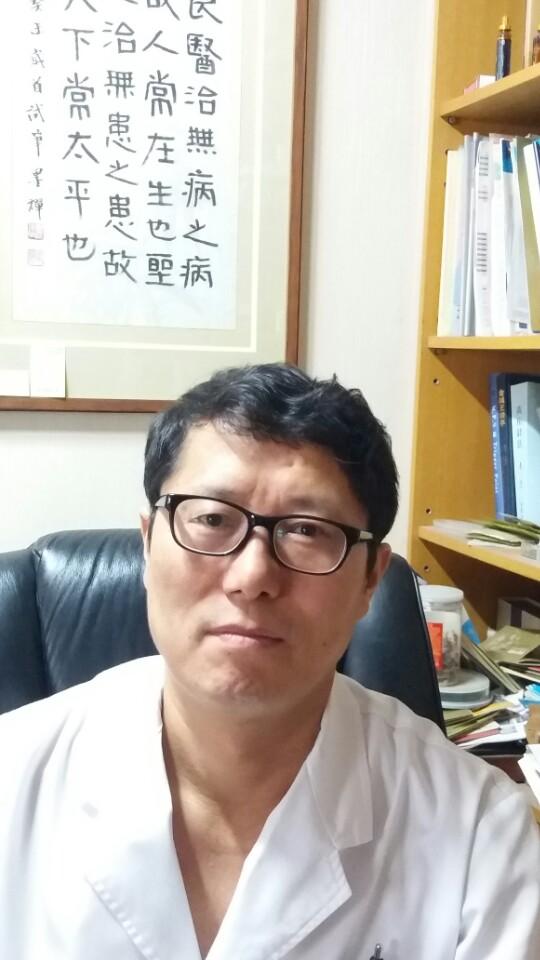"""""""국가 차원에서 어르신 건강 관리에 한의학 많이 활용했으면"""""""