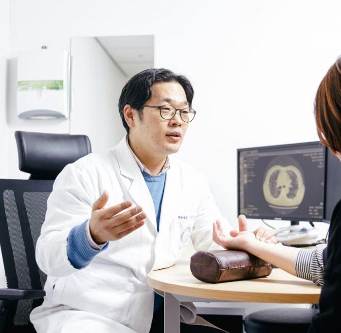 암 환자에게 암을 이겨낼 수 있는 힘 주는 '한의치료'