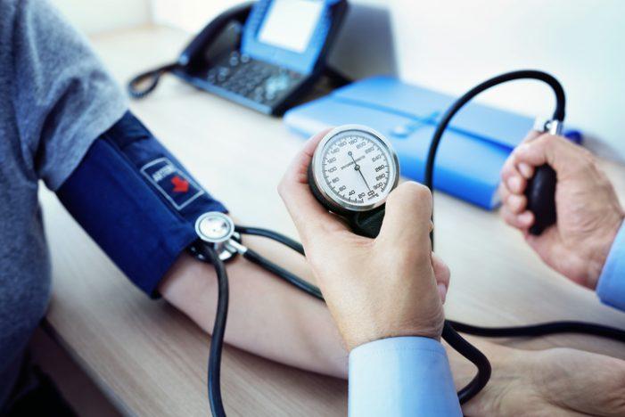 혈압 160 이상이면 140 미만보다 뇌졸중 위험 세 배