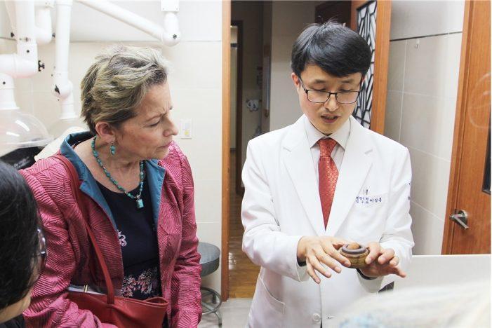 미국 캘리포티아대, 경희의료원 한방병원 방문