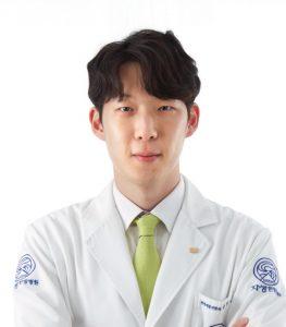 [사진설명] 자생한방병원 윤영석 한의사